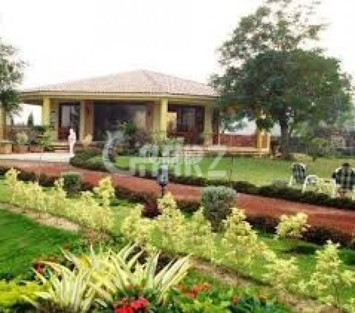3 Kanal Farm House for Sale in Lahore Barki Road Cantt