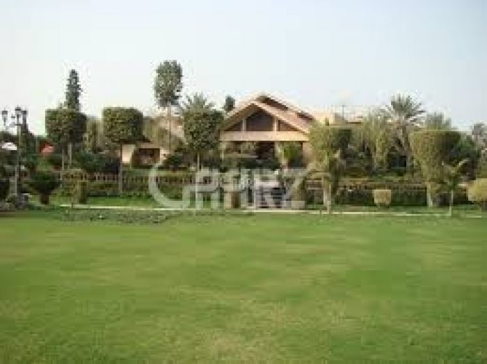 4 Kanal Farm House for Sale in Lahore Barki Road
