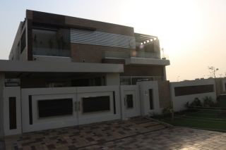 500 Square Yard House for Sale in Karachi DHA Phase-6, DHA Defence,
