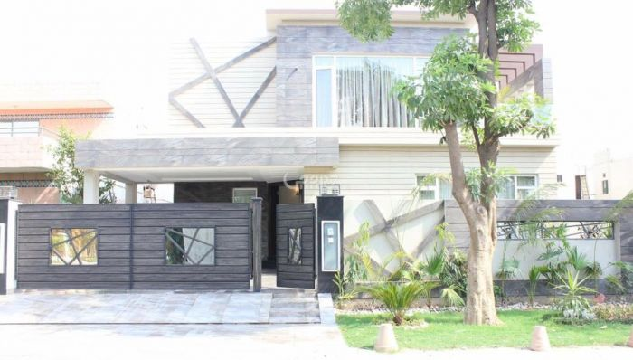 500 Square Yard House for Sale in Karachi DHA Phase-6