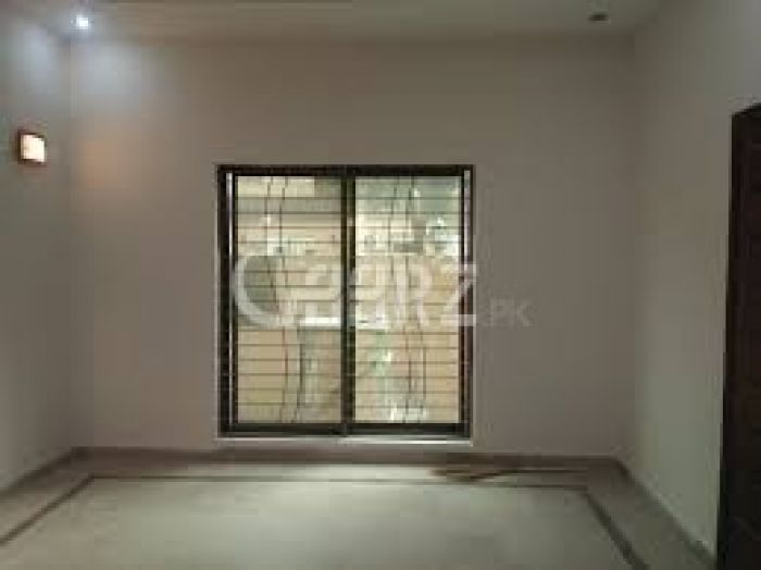 666 Square Yard Upper Portion for Rent in Karachi Bukhari Commercial Area, DHA Phase-6