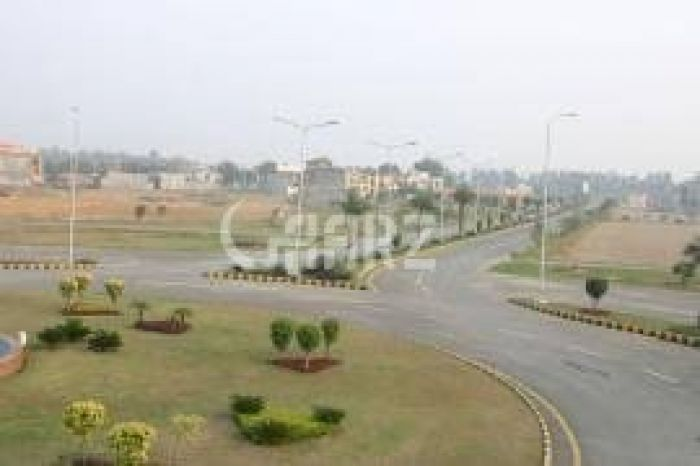 1 Kanal Commercial Land for Sale in Karachi Phase-8 Zone D,