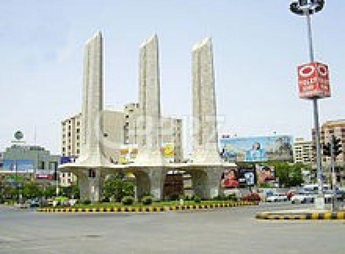 1700 Square Feet Apartment for Sale in Karachi Clifton