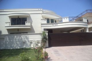 1 Kanal House for Rent in Lahore Phase-1