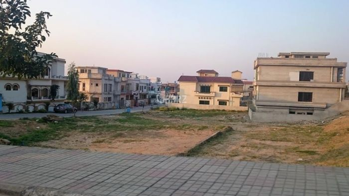 1 Kanal Residential Land for Sale in Lahore Khayaban-e-amin