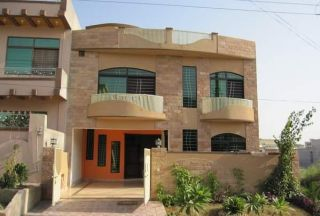 10 Marla House for Rent in Lahore Tulip Block