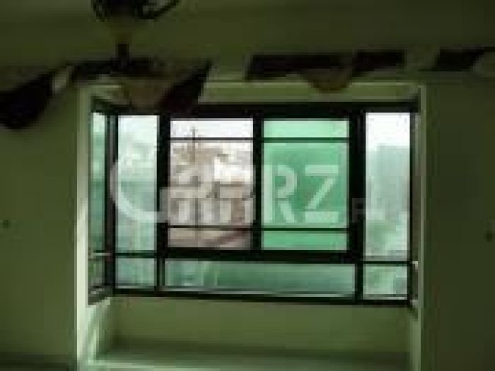 9 Marla Lower Portion for Rent in Lahore Umar Block, Sector B