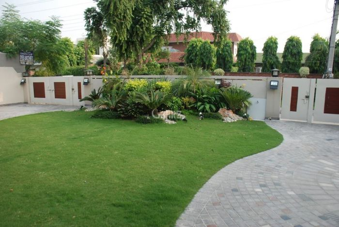 3 Kanal House for Rent in Lahore Gulberg-3