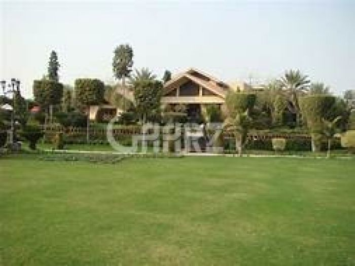 6.7 Kanal Farm House for Sale in Lahore Wahga