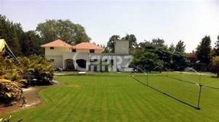 7.6 Kanal Farm House for Sale in Lahore Bedian Road