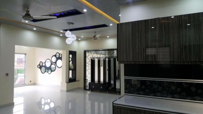 1100 Square Feet Apartment for Rent in Karachi Shahbaz Commercial Area, DHA Phase-6,