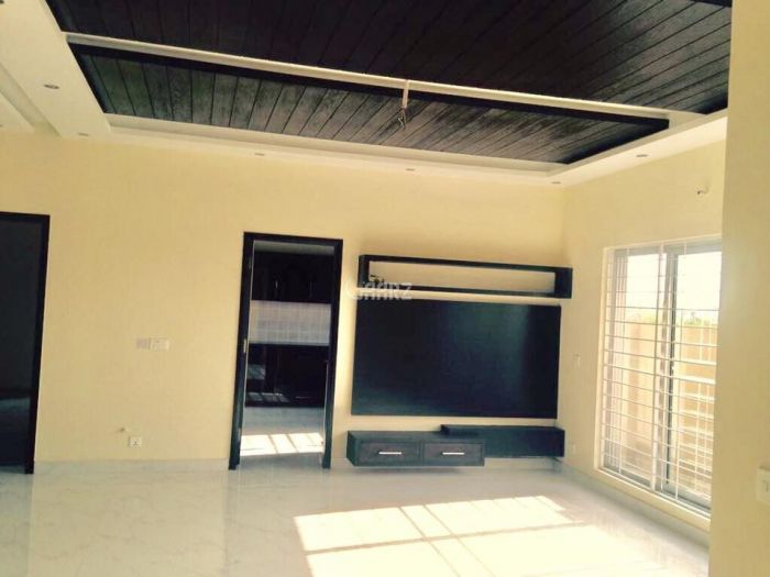 1825 Square Feet Apartment for Rent in Karachi DHA Phase-6