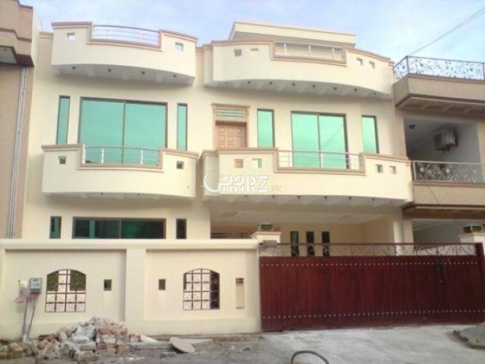 200 Square Feet House for Sale in Karachi Precinct-10