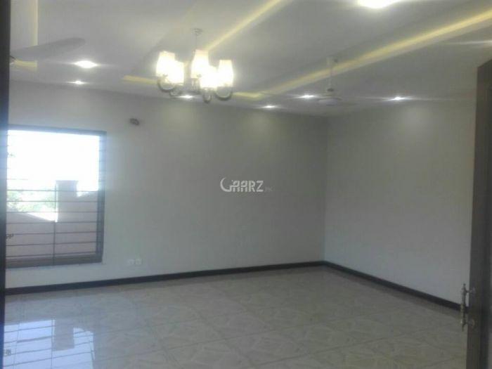 2000 Square Feet Apartment for Rent in Karachi Clifton Block-2