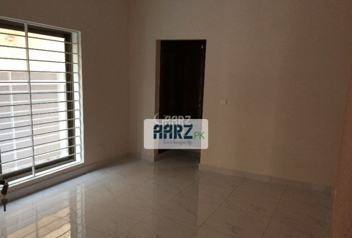 2470 Square Feet Apartment for Rent in Karachi Sea View Appartment's