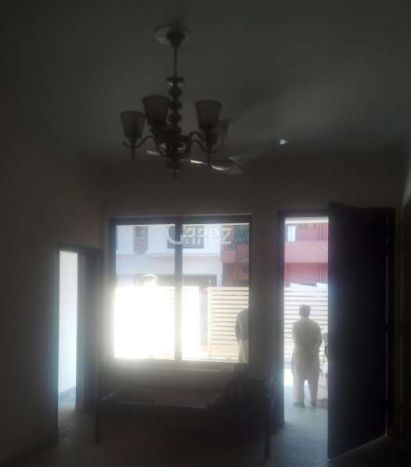 4 Marla Lower Portion for Sale in Karachi Gulshan-e-iqbal