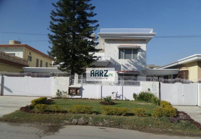 5001 Square Yard House for Sale in Karachi DHA Phase-8,