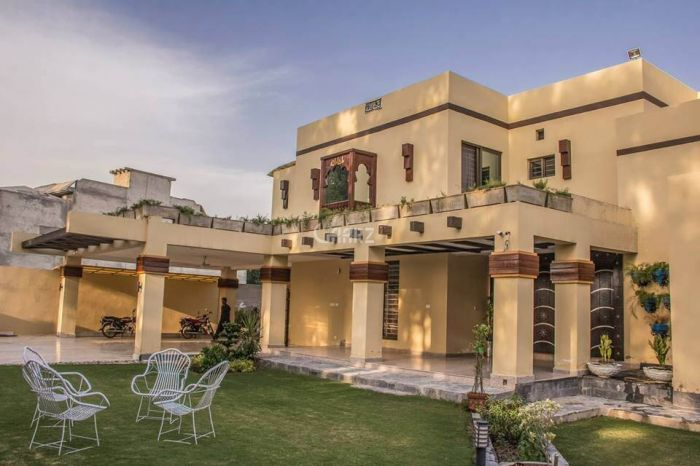 900 Square Yard House for Sale in Karachi DHA Phase-5