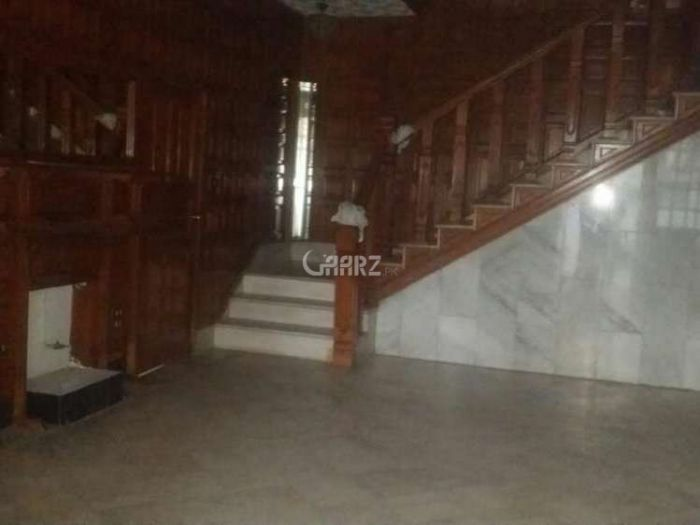 10 Marla Lower Portion for Rent in Lahore Block J