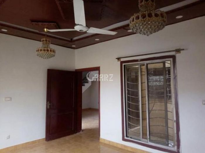1000 Square Feet Apartment for Rent in Karachi Nishat Commercial Area, DHA Phase-6,