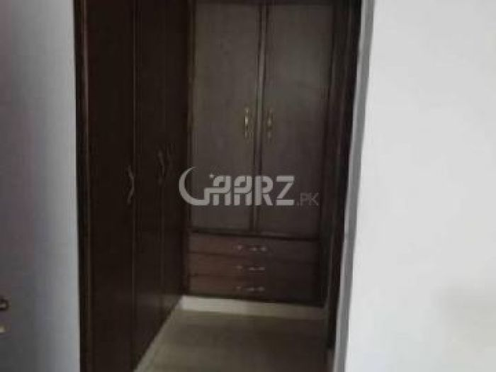 1600 Square Feet Apartment for Sale in Karachi Clifton Block-9
