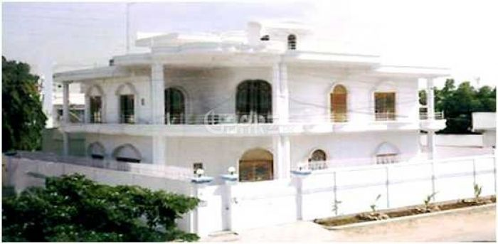 2000 Square Yard House for Sale in Karachi DHA Phase-4