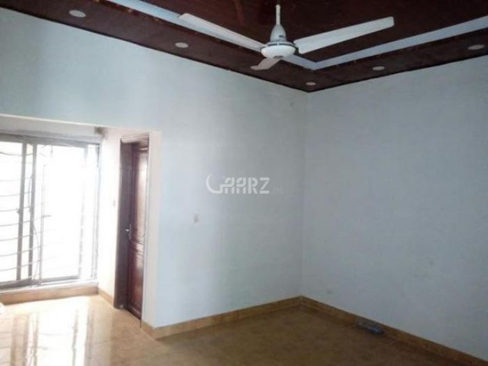 2200 Square Feet Apartment for Rent in Karachi Clifton Block-9