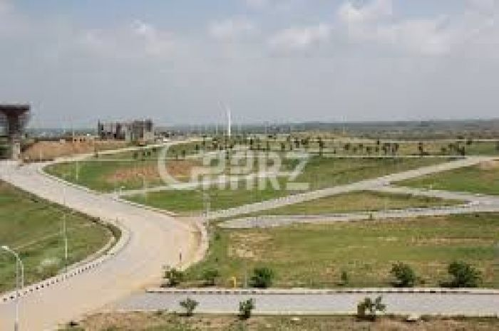 4 Kanal Commercial Land for Sale in Lahore Mm Alam Road