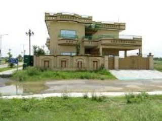 500 Square Yard House for Rent in Karachi DHA Phase-8