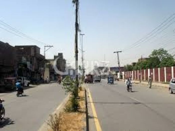 8 Kanal Commercial Land for Sale in Lahore Main Boulevard Gulberg