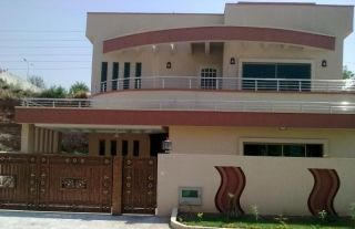 10 Marla House for Sale in Rawalpindi Bahria Town Phase-8 Awami Villas-2