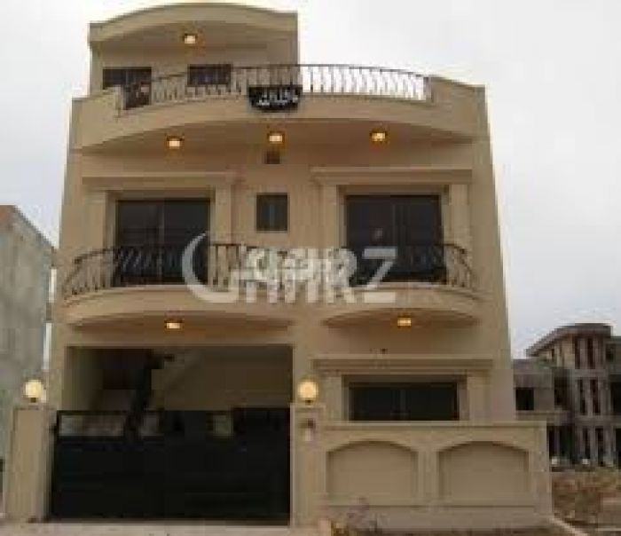 10 Marla House for Sale in Lahore Block E