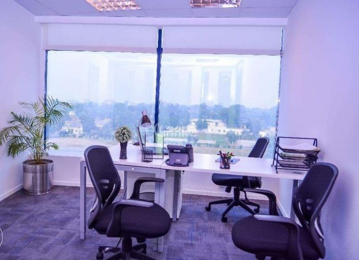 2.2 Kanal Commercial Office for Rent in Karachi Shahra-e-faisal