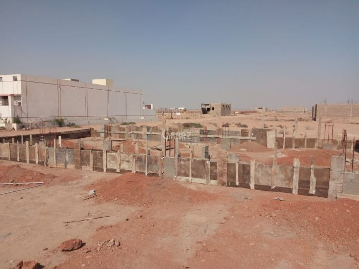 320 Square Yard Residential Land for Sale in Karachi Gulistan-e-hadeed