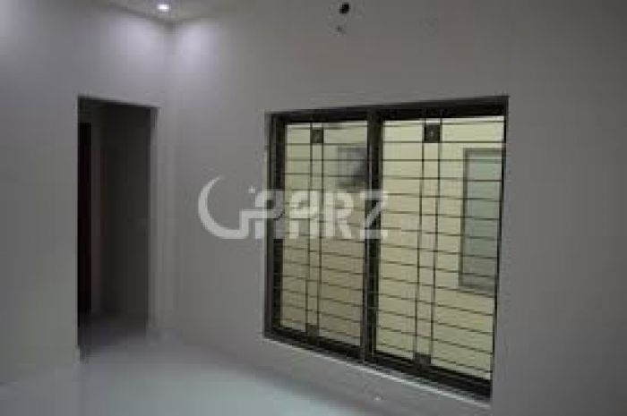 650 Square Feet Apartment for Sale in Karachi Scheme-33