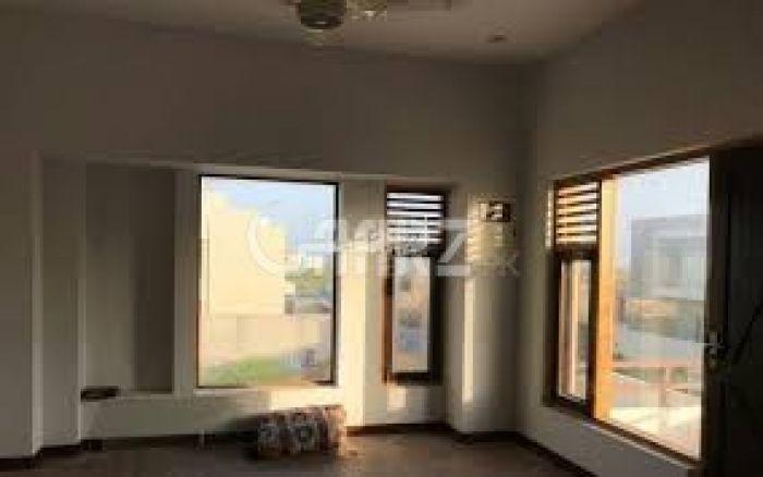 1100 Square Feet Apartment for Rent in Karachi Clifton Block-5