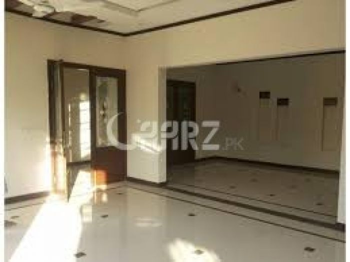 2000 Square Feet Apartment for Rent in Karachi Clifton