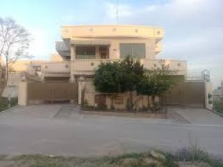 500 Square Yard House for Sale in Karachi DHA Phase-8, DHA Defence
