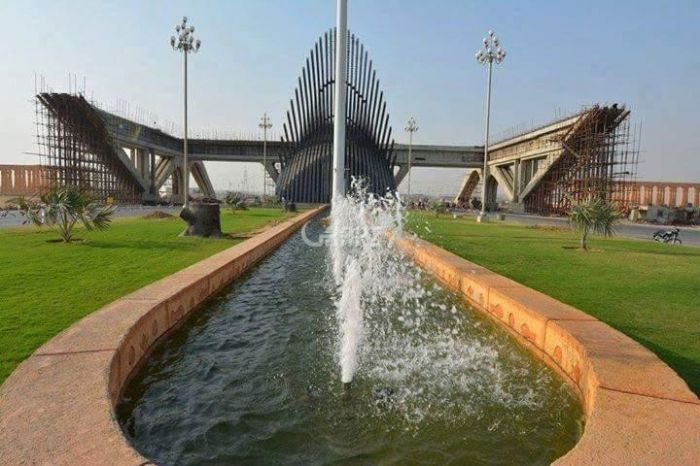 125 Square Yard Residential Land for Sale in Karachi Precinct-14