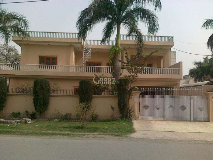 10 Marla House for Sale in Rawalpindi Bahria Town Phase-4