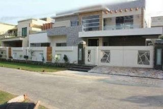 1.5 Kanal House for Rent in Lahore Cavalry Ground