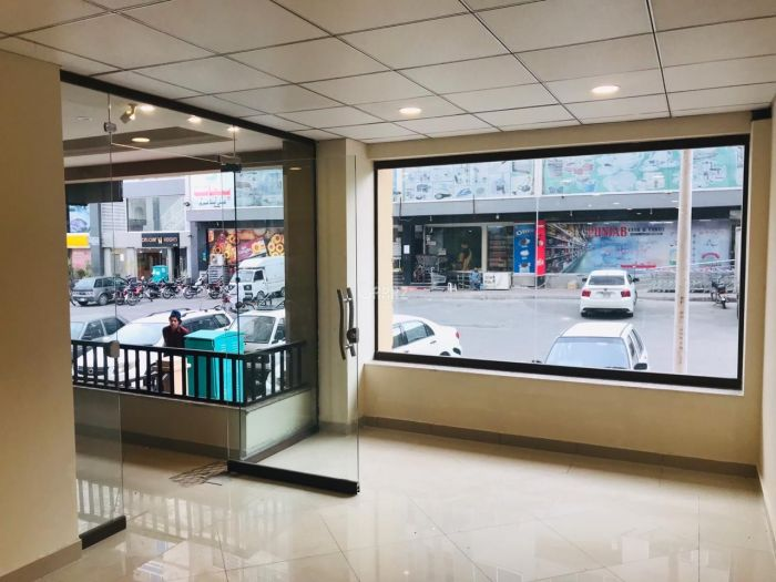740 Square Feet Commercial Shop for Sale in Rawalpindi Civic Centre, Bahria Town Phase-4,