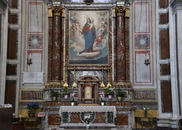 Altar María Auxiliadora donde Don Bosco Lloró - Foto ANS