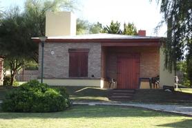 Alquiler temporario de cabaña en Calamuchita villa del dique