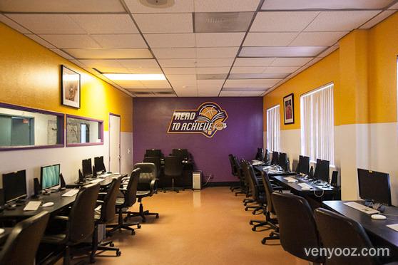 Computer Lab At Boys  Girls Club Of Hollywood - Hollywood -4932