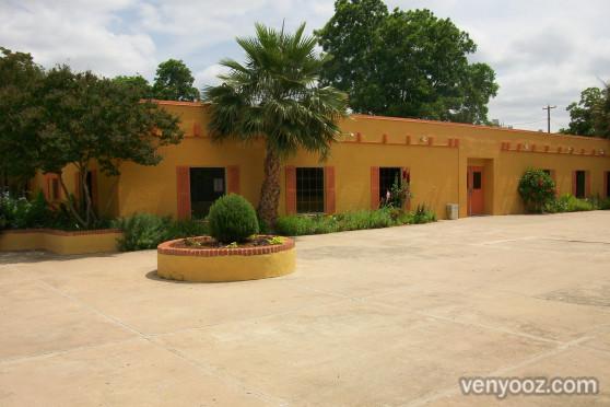 Building and Patio at Fiesta Gardens Austin TX Venyooz