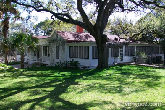 Gardens at Mayfield Park Austin TX Venyooz