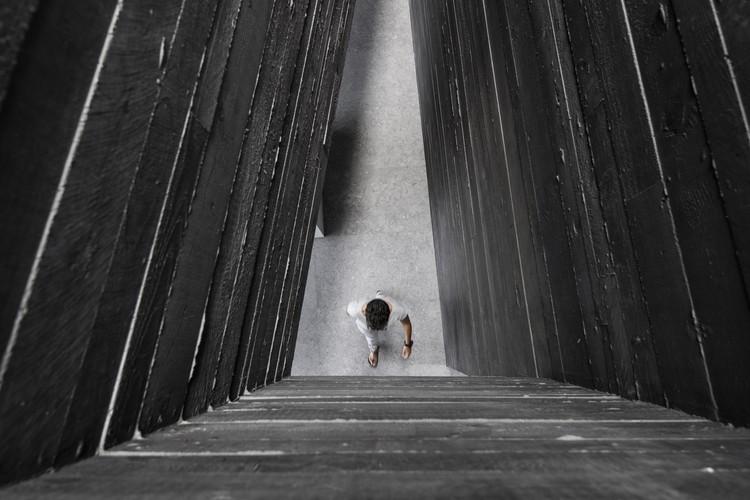 Concreto negro: cómo Attilio Panzeri logró contraste con una receta especializada, Casa Via Castel. Image © Giorgio Marafioti