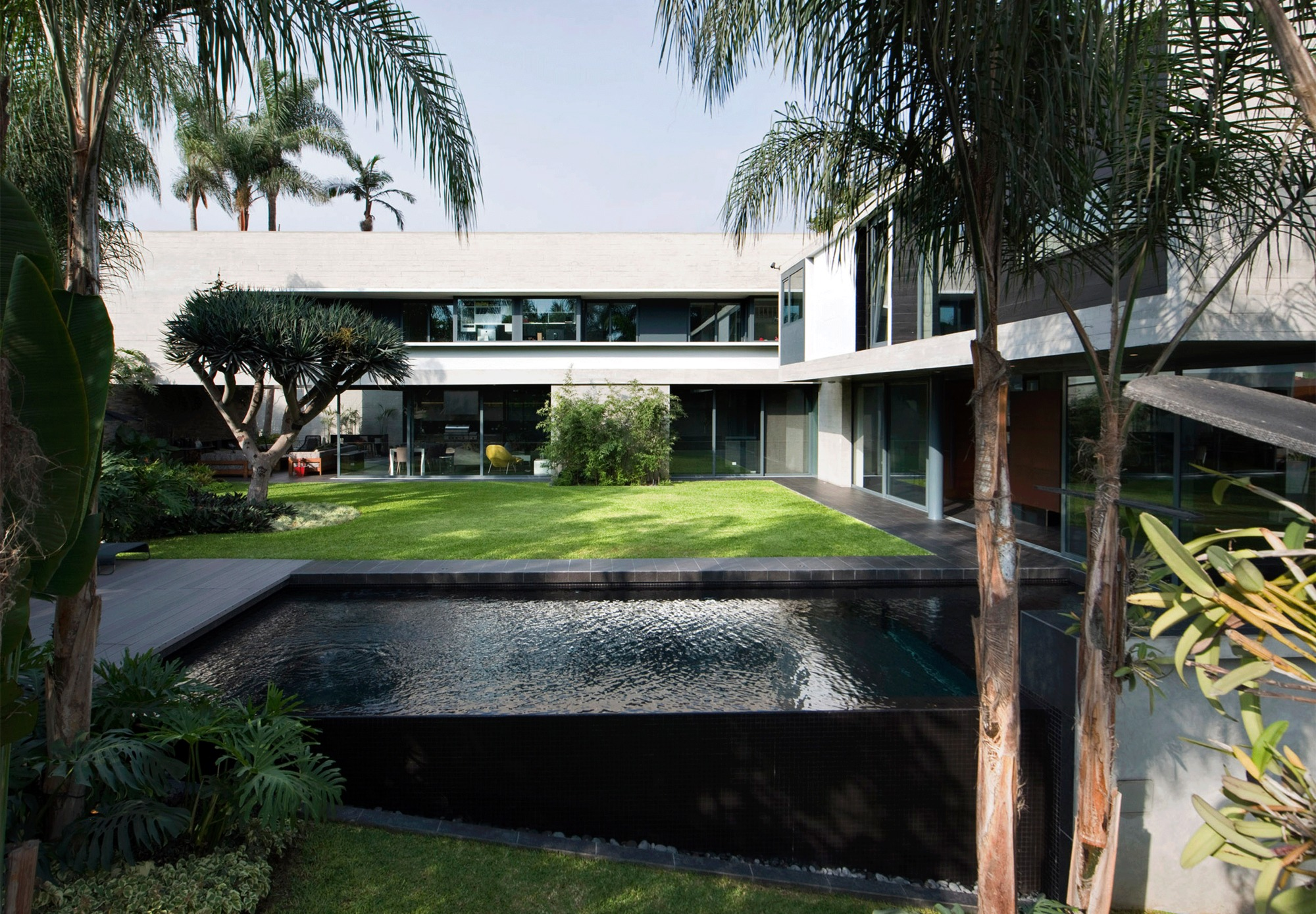 House D3 Barclay Crousse Archdaily