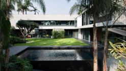 House D3 / Barclay & Crousse